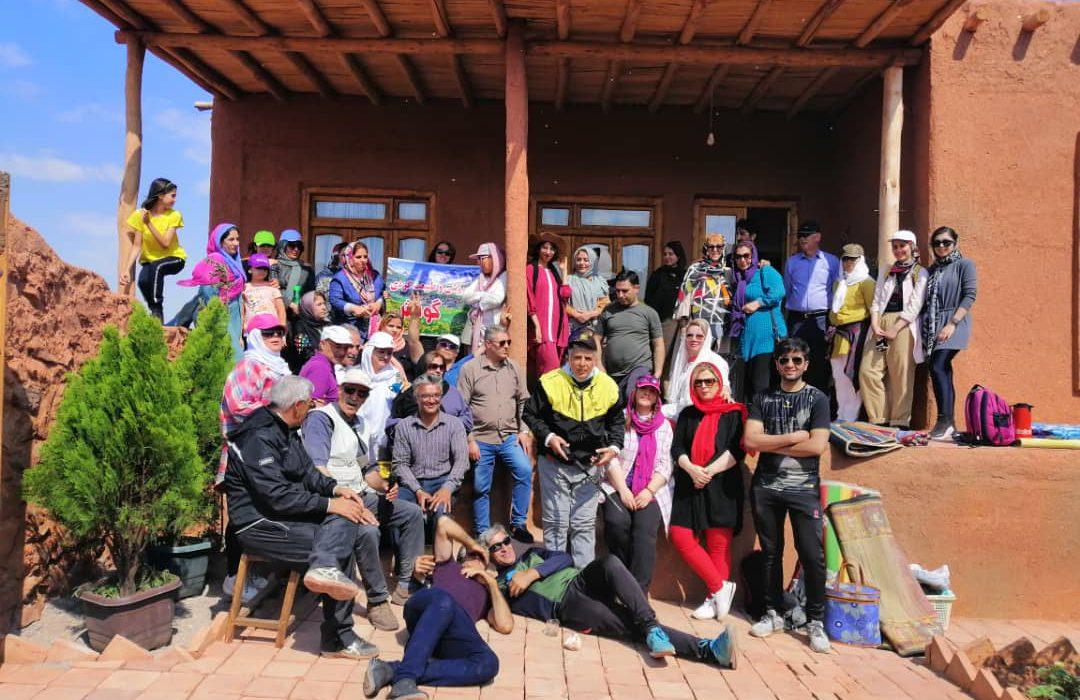 «دَند»، روستایی در قلب کوههای سرخ عینالی/ گام بلند سازمان همیاری در توسعه بومگردی تبریز